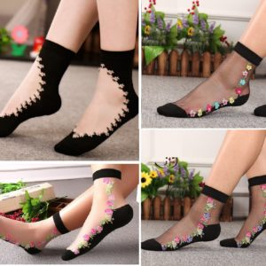 Pack of 4 Classic Design Socks Rs125/pair