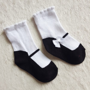 0-6  months Baby Black & White Bow Shoe Socks