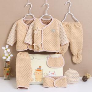 7 Pcs  Organic Cotton Thick Winter New Born Baby Gift Box Set 0-3 months