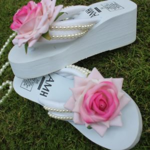Women Double Shaded Rose & Pearls White Thick Slipper