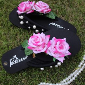 Women Pink Roses & Pearls Black Thin Sole Slipper