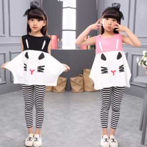 5-6 years Girl Cat Cut Shirt & Black & white Lining Capri