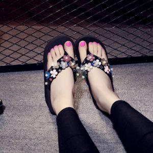 Women Multi Color Shimmer Flower Beads Slippers