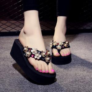 Women Dull Gold Shimmer Flower Beads Slippers