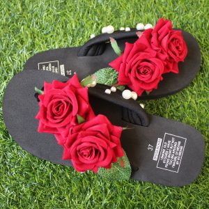 Women Red Roses Pearls Black Thin Sole Slipper